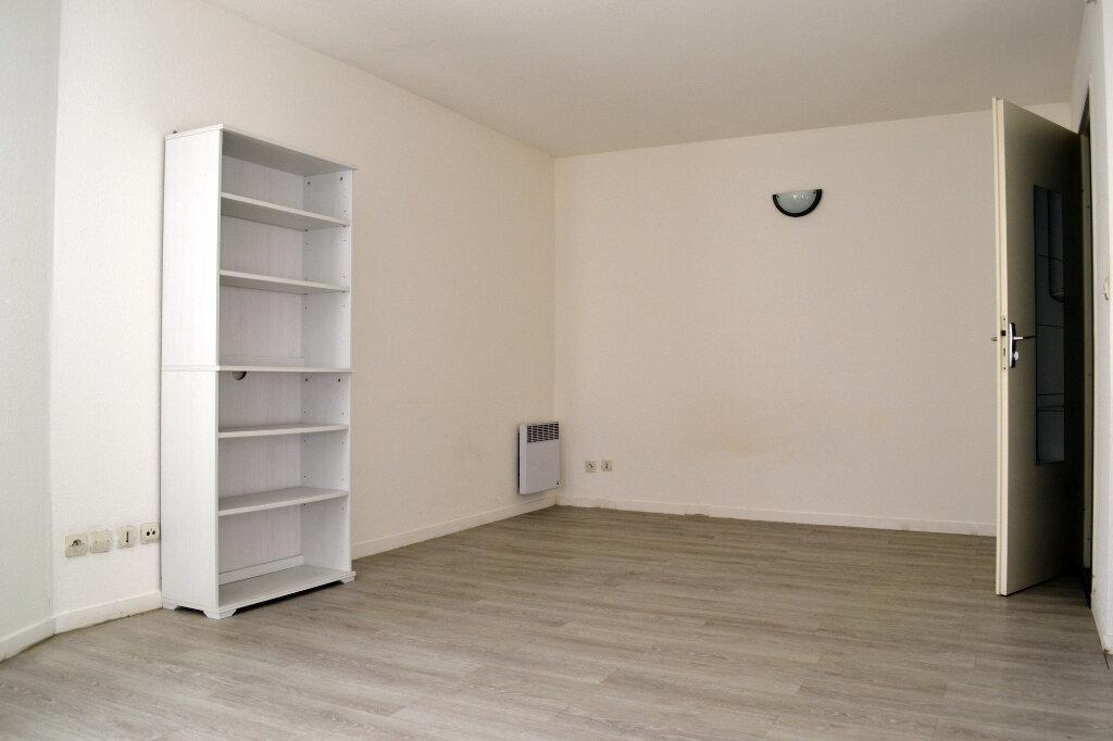 Appartement à louer 1 28.67m2 à Toulouse vignette-3