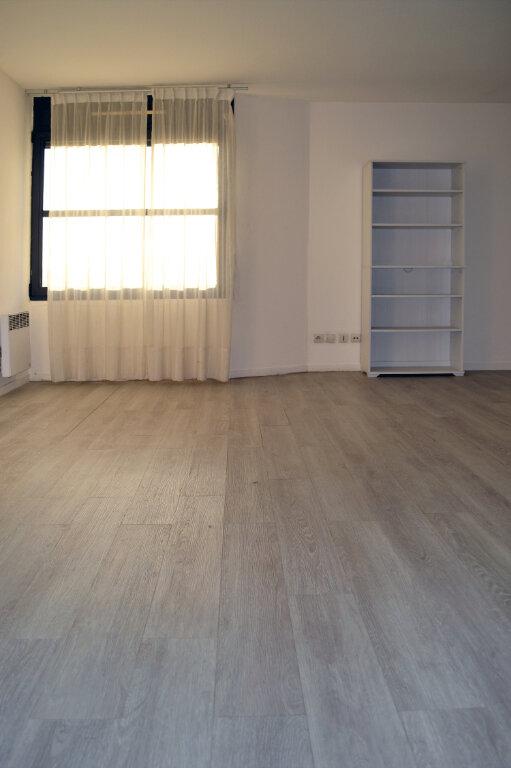 Appartement à louer 1 28.67m2 à Toulouse vignette-4