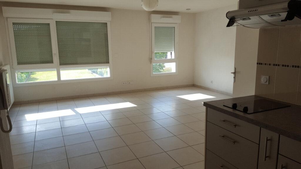 Appartement à louer 1 37.2m2 à Manosque vignette-3