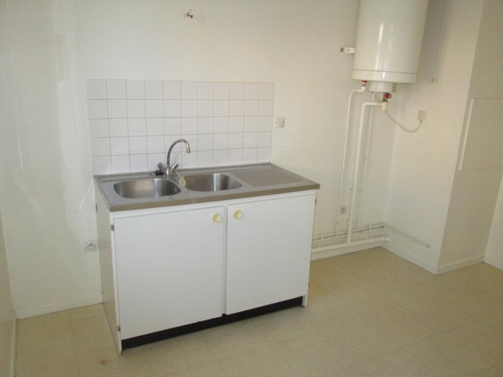 Appartement à louer 1 31.95m2 à Clamart vignette-2