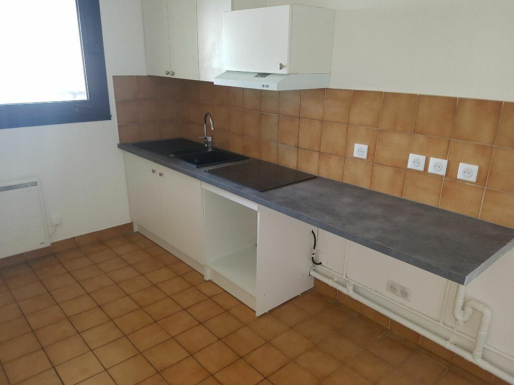 Appartement à louer 2 57.74m2 à Clamart vignette-5