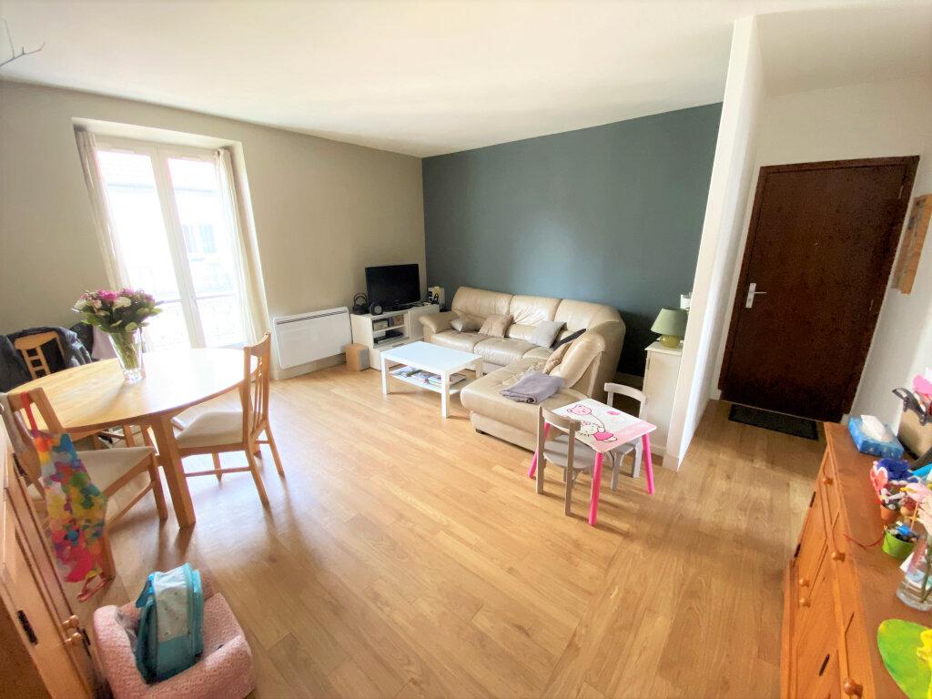 Appartement à vendre 4 74.79m2 à Clamart vignette-2