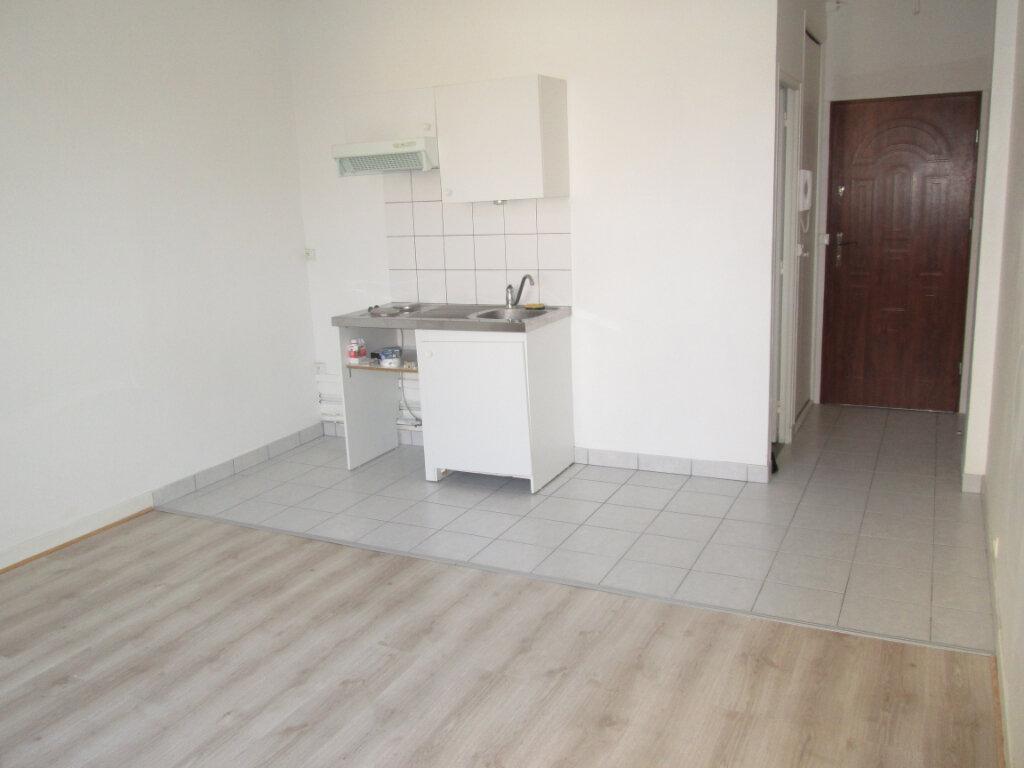 Appartement à louer 1 24m2 à Clamart vignette-1