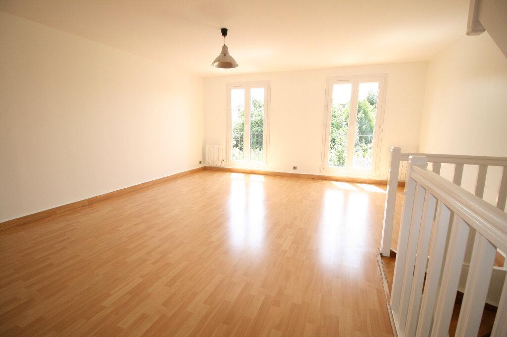 Maison à vendre 6 110m2 à Châtillon vignette-3