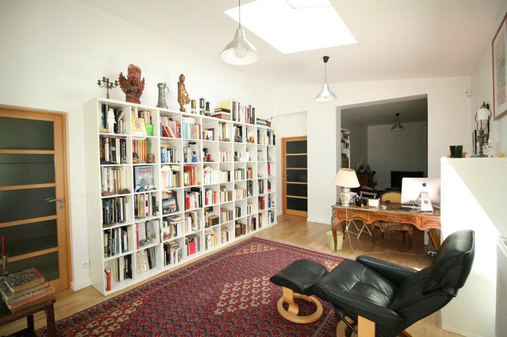 Maison à vendre 9 215m2 à Clamart vignette-8