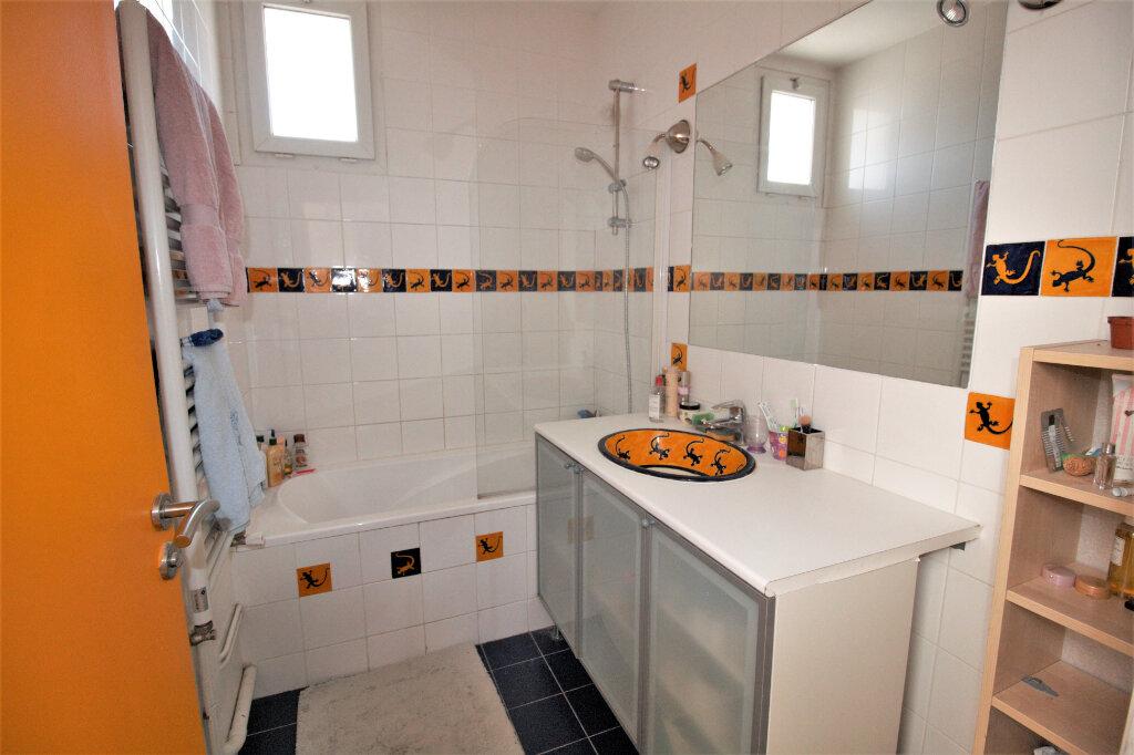 Maison à vendre 9 215m2 à Clamart vignette-13