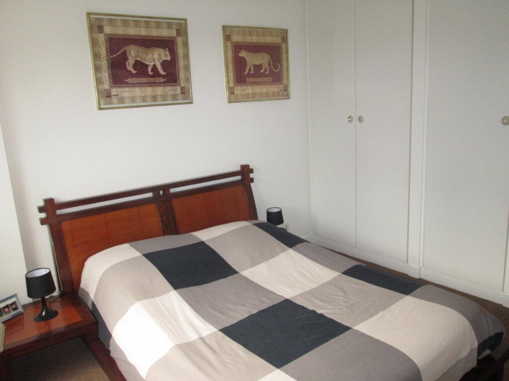 Appartement à louer 2 47.69m2 à Clamart vignette-6