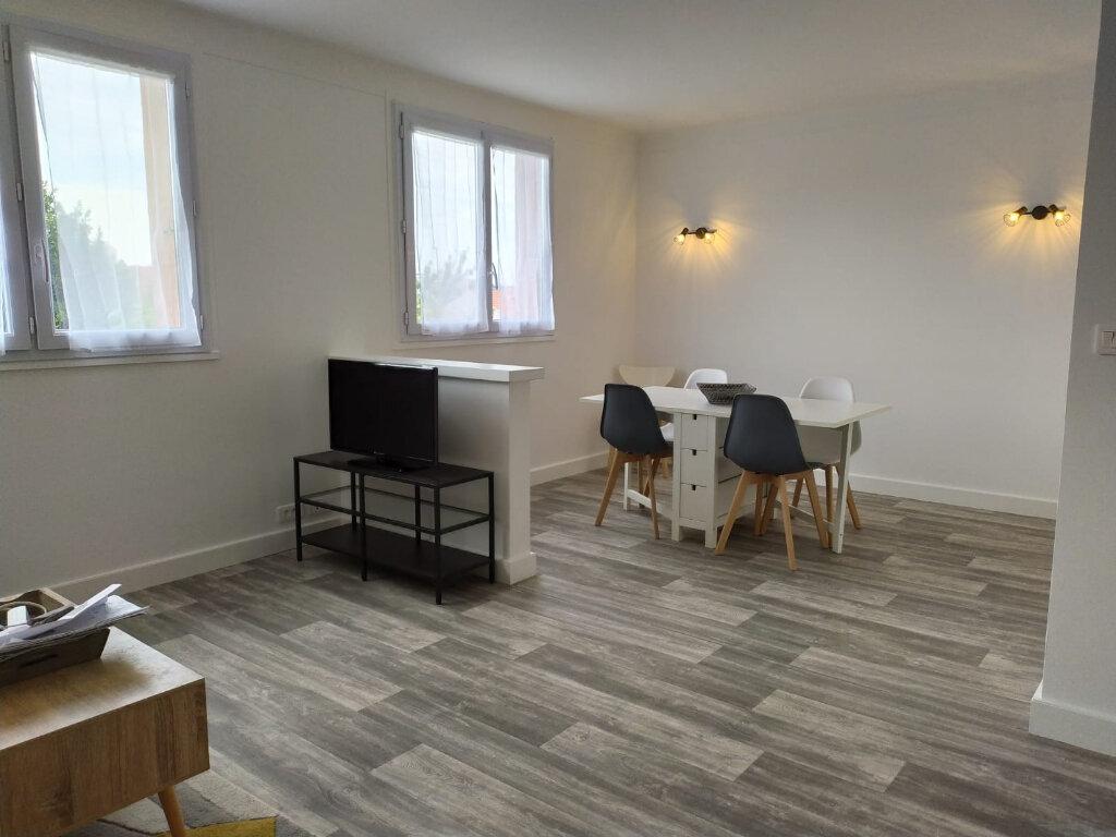 Appartement à louer 2 56.44m2 à Clamart vignette-4