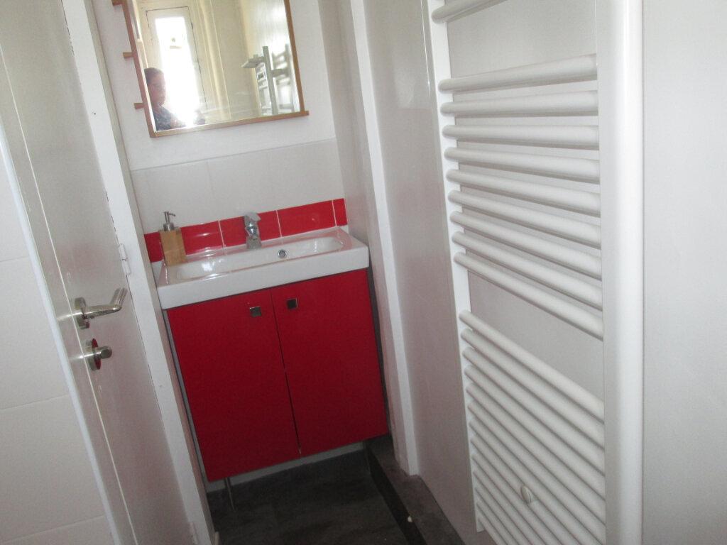 Appartement à louer 2 27.83m2 à Clamart vignette-6