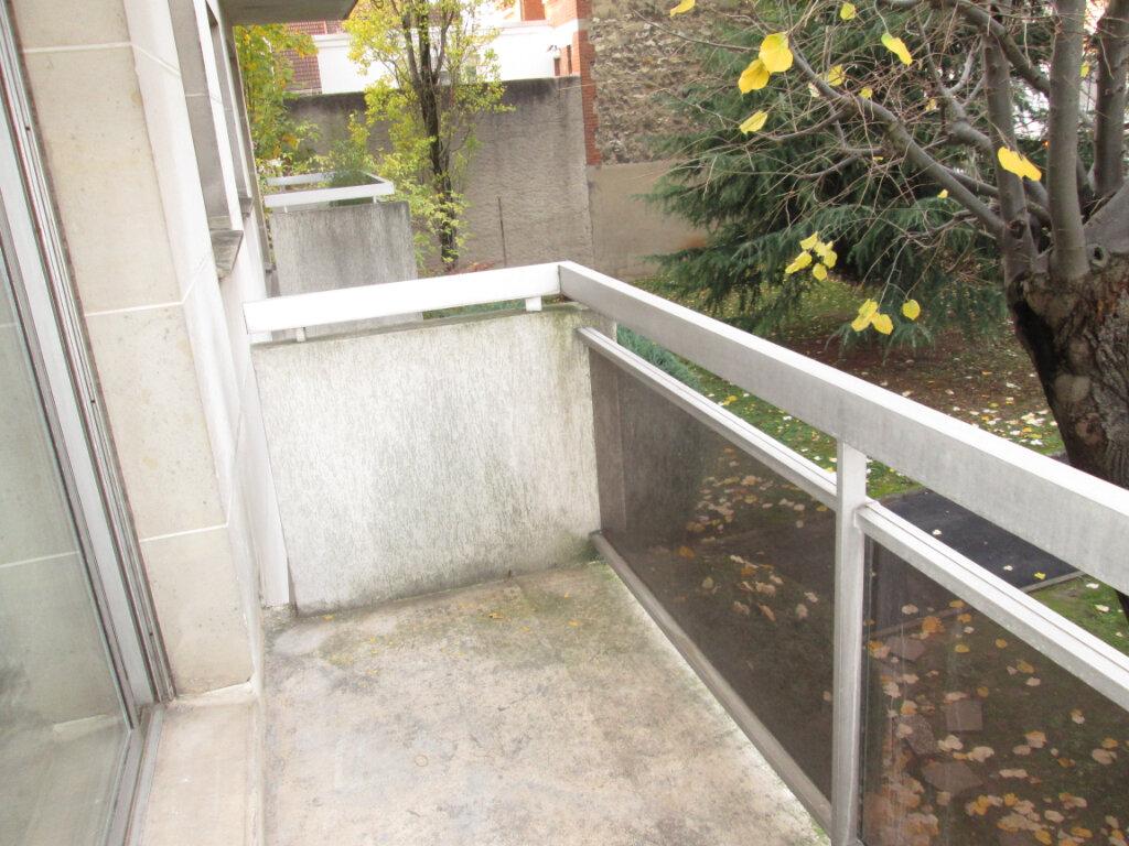 Appartement à louer 2 42.22m2 à Vanves vignette-4