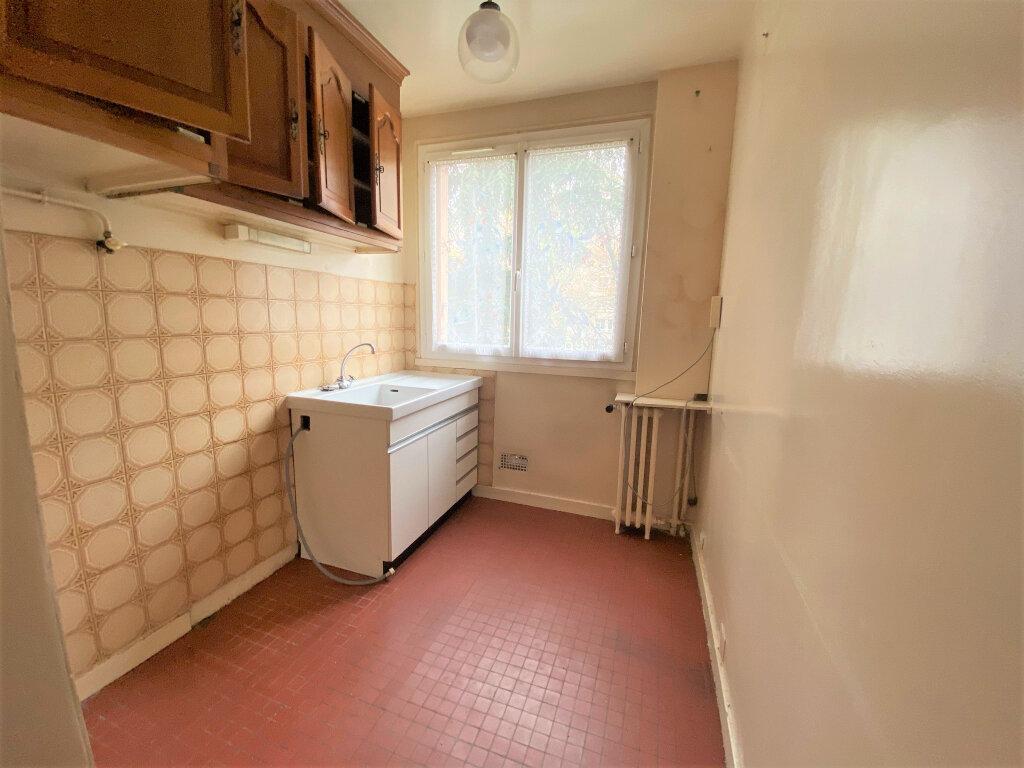 Appartement à vendre 4 66m2 à Clamart vignette-7