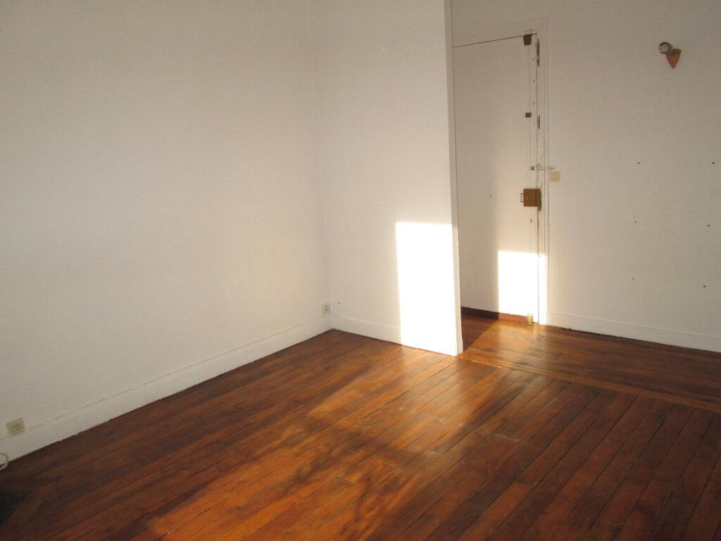 Appartement à louer 2 36.51m2 à Clamart vignette-2