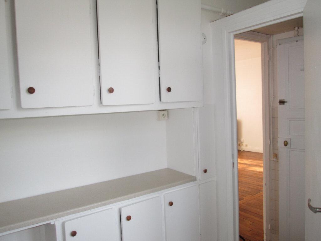Appartement à louer 2 36.51m2 à Clamart vignette-6