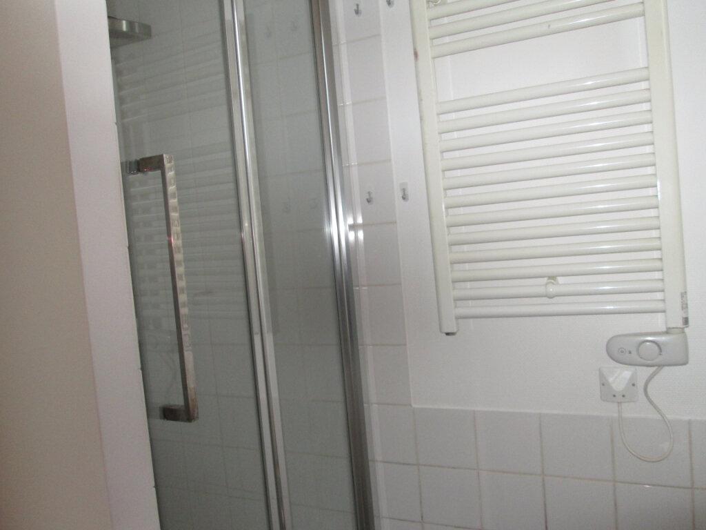 Appartement à louer 2 36.51m2 à Clamart vignette-10