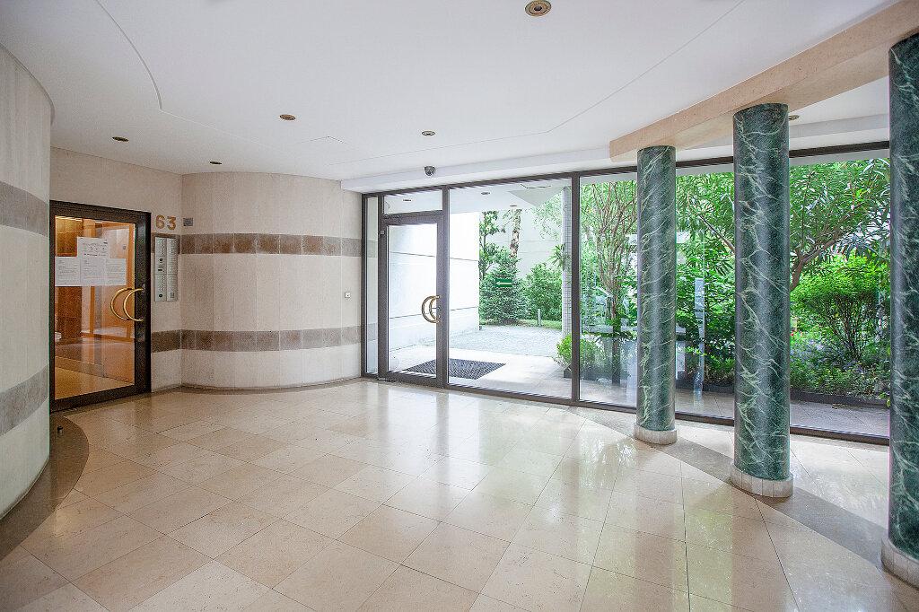 Appartement à vendre 3 62.61m2 à Paris 13 vignette-11