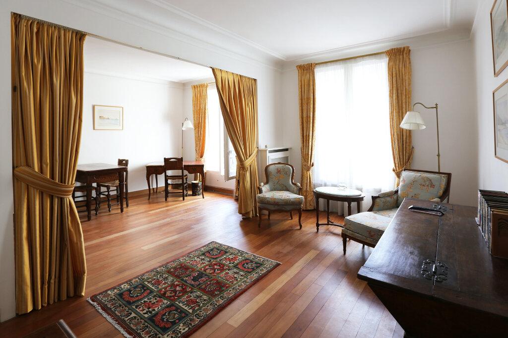 Appartement à louer 3 66.26m2 à Paris 4 vignette-5