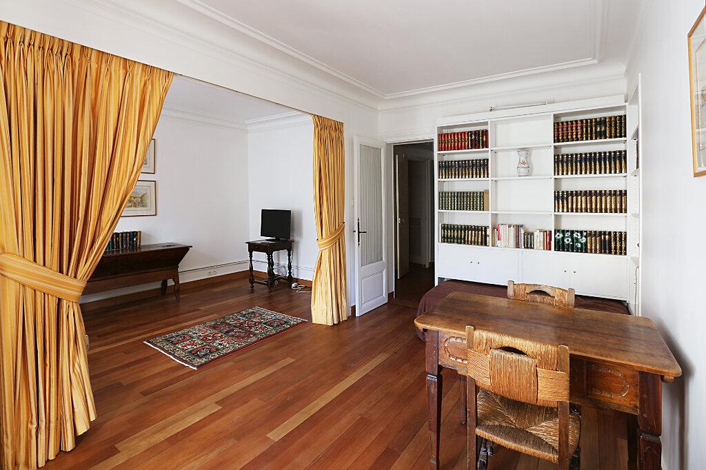 Appartement à louer 3 66.26m2 à Paris 4 vignette-6