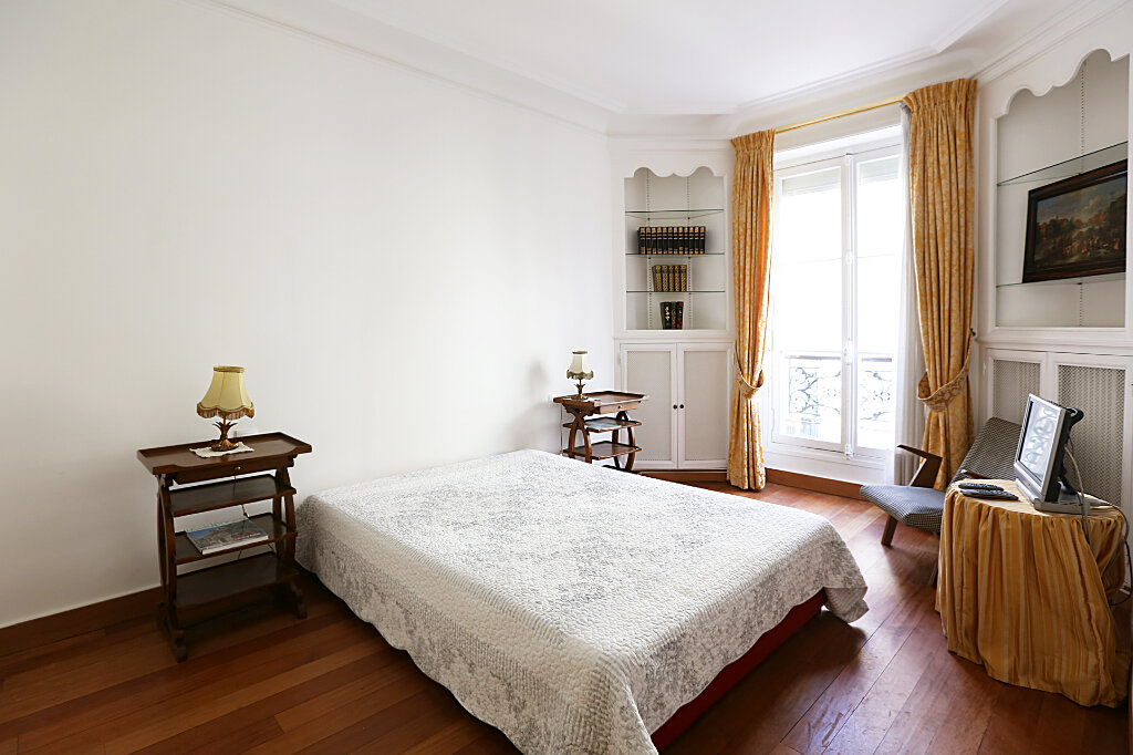 Appartement à louer 3 66.26m2 à Paris 4 vignette-7