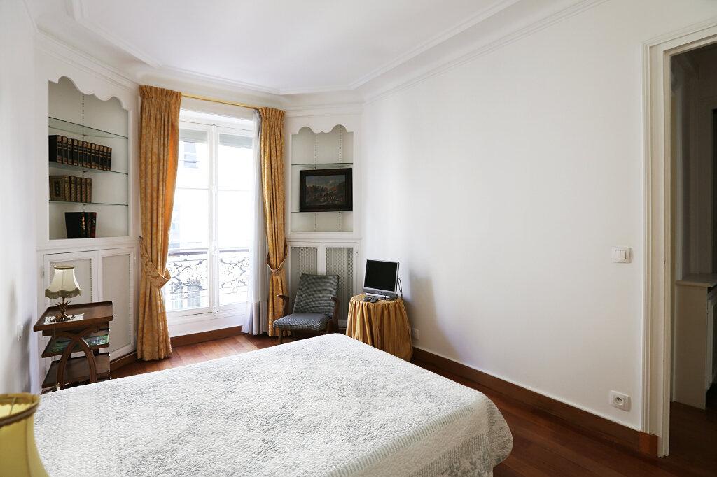 Appartement à louer 3 66.26m2 à Paris 4 vignette-8