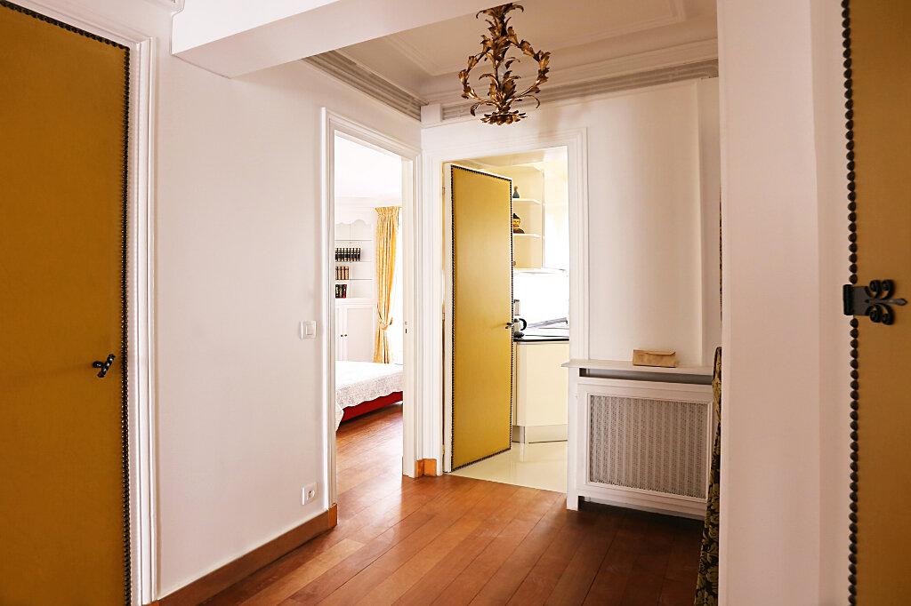 Appartement à louer 3 66.26m2 à Paris 4 vignette-9