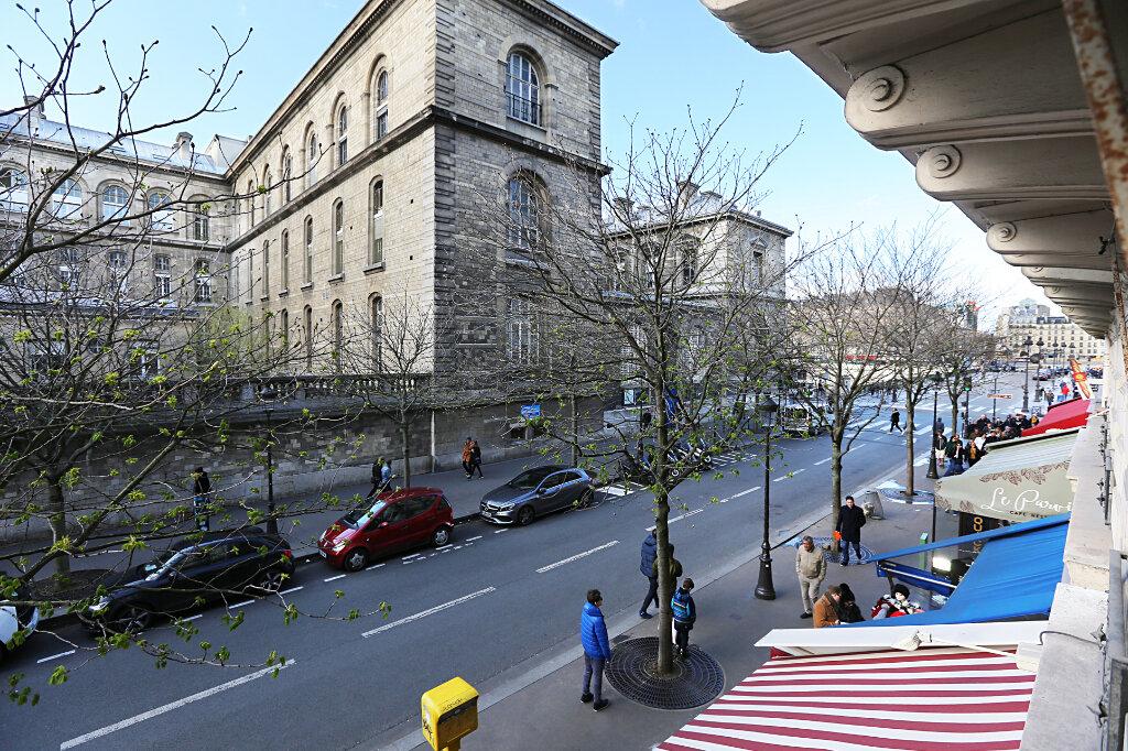 Appartement à louer 3 66.26m2 à Paris 4 vignette-11