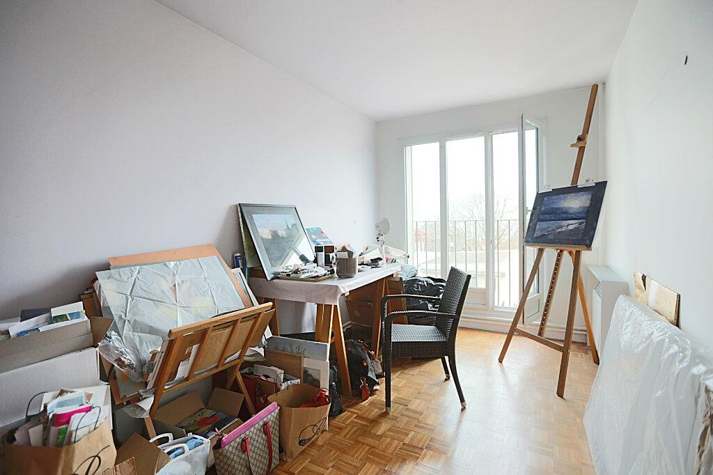 Appartement à vendre 4 84.52m2 à Villejuif vignette-8