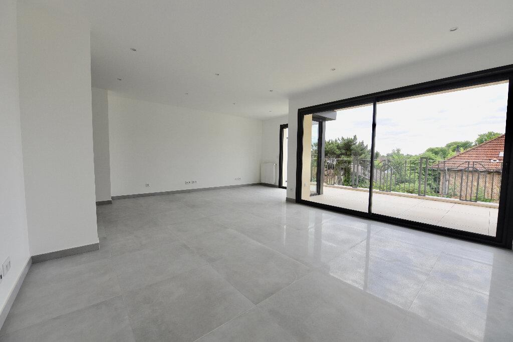 Appartement à vendre 4 85.73m2 à La Varenne - Saint-Maur-des-Fossés vignette-4
