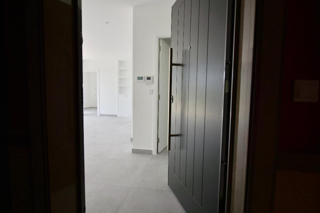 Appartement à vendre 3 67.72m2 à La Varenne - Saint-Maur-des-Fossés vignette-3