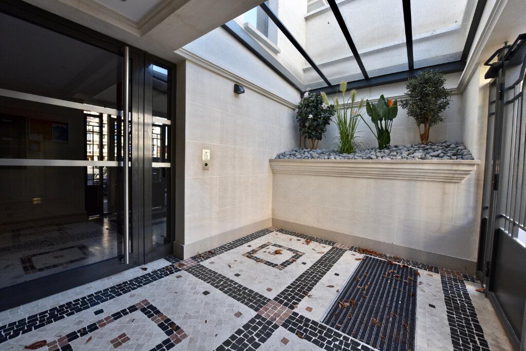 Appartement à vendre 3 77.22m2 à Saint-Maur-des-Fossés vignette-3