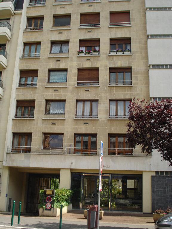 Appartement à louer 1 32m2 à Nogent-sur-Marne vignette-1