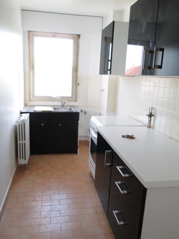 Appartement à louer 2 48m2 à Saint-Maur-des-Fossés vignette-3