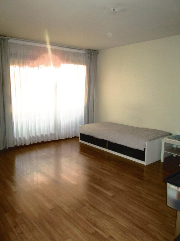 Appartement à louer 2 55.91m2 à Saint-Maur-des-Fossés vignette-2