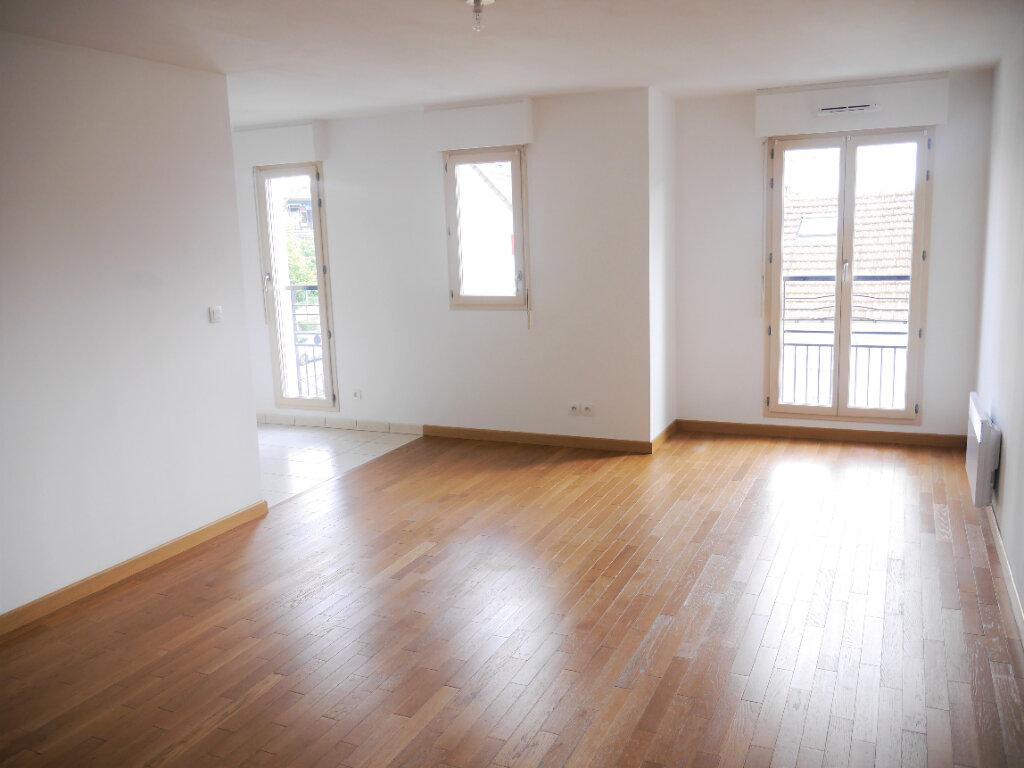 Appartement à louer 3 70.84m2 à Villiers-sur-Marne vignette-1