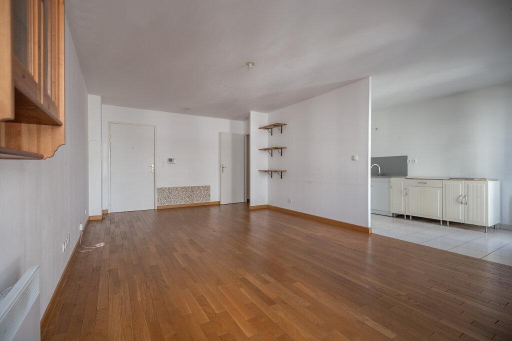 Appartement à louer 3 70.84m2 à Villiers-sur-Marne vignette-2