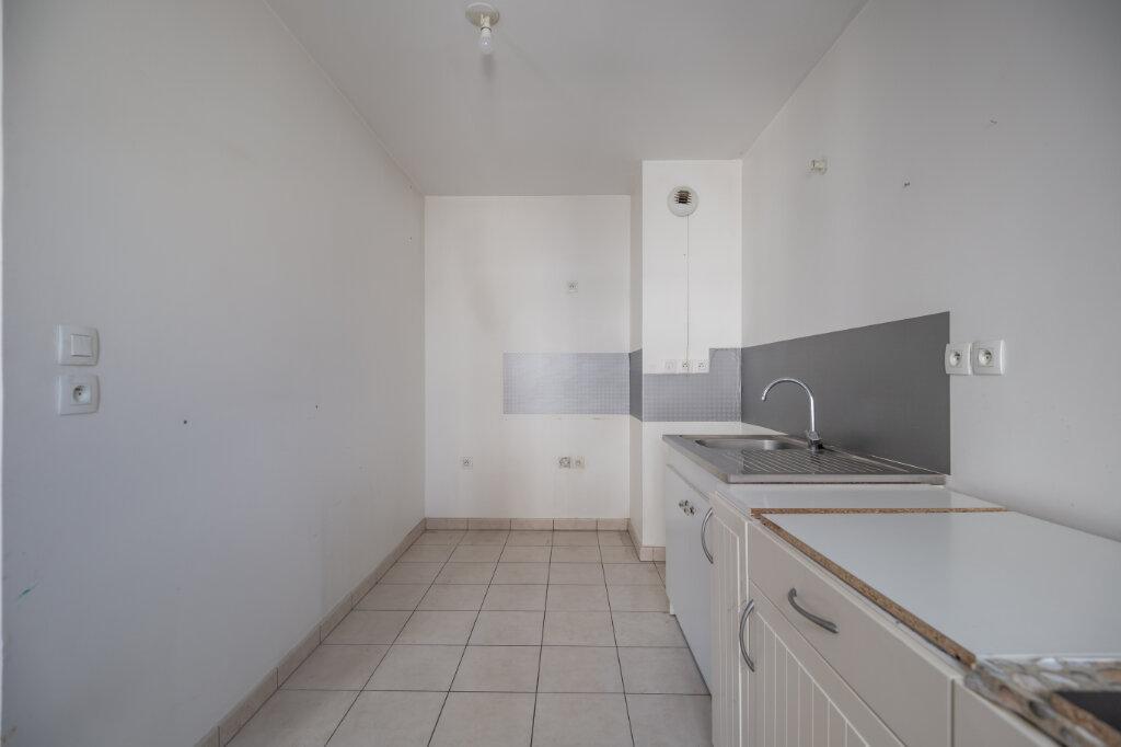 Appartement à louer 3 70.84m2 à Villiers-sur-Marne vignette-3