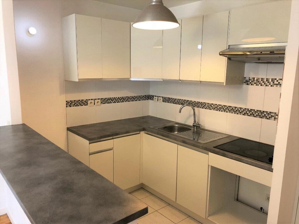 Appartement à louer 3 62.13m2 à Villiers-sur-Marne vignette-3