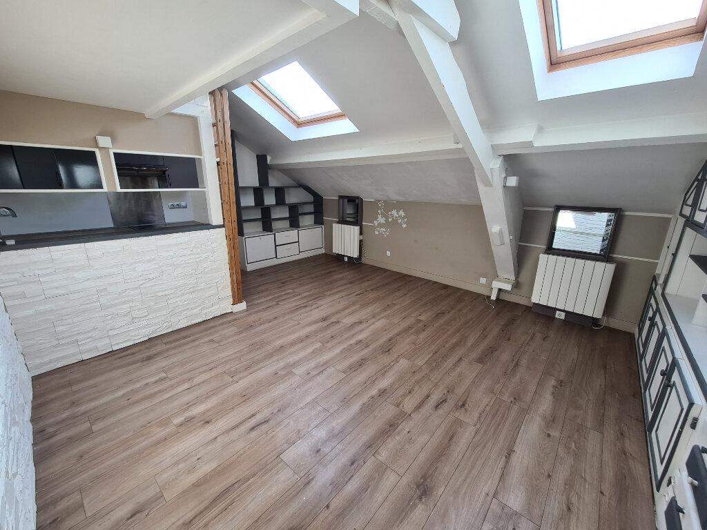 Appartement à louer 2 29.44m2 à Champigny-sur-Marne vignette-1