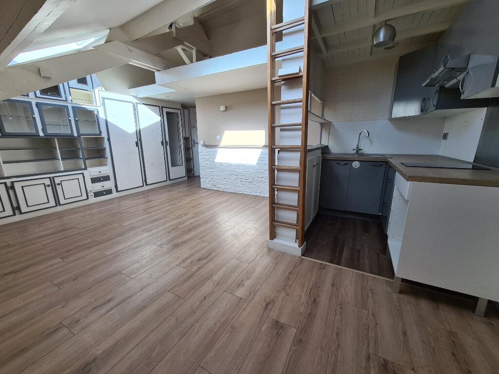 Appartement à louer 2 29.44m2 à Champigny-sur-Marne vignette-2