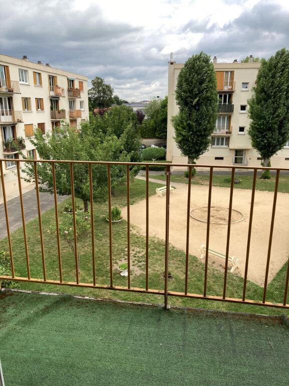 Appartement à louer 3 56.25m2 à Villiers-sur-Marne vignette-2