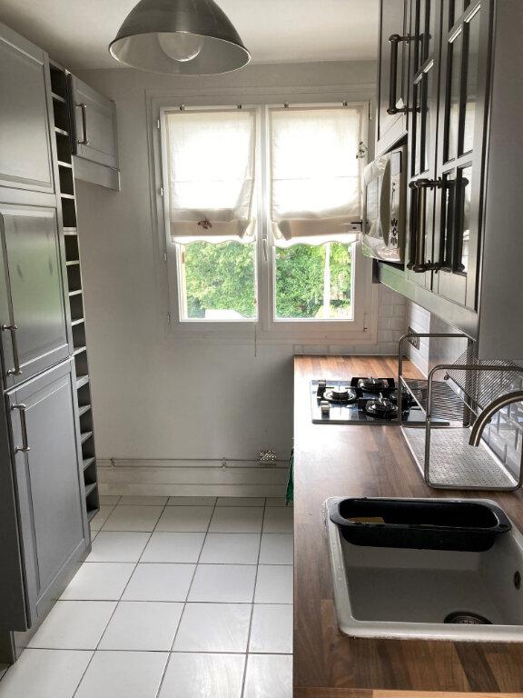 Appartement à louer 3 56.25m2 à Villiers-sur-Marne vignette-3