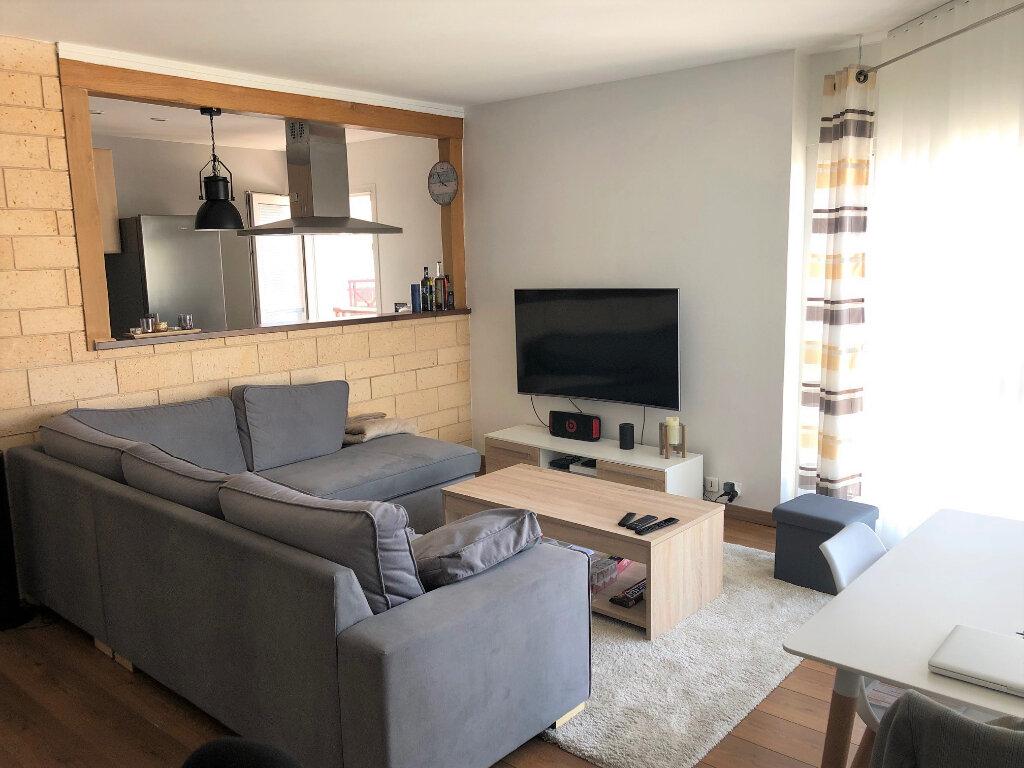 Appartement à louer 2 54.38m2 à Le Plessis-Trévise vignette-2