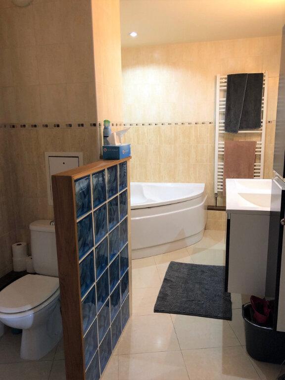 Appartement à louer 2 54.38m2 à Le Plessis-Trévise vignette-4
