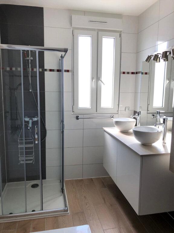 Maison à louer 6 110.79m2 à Champigny-sur-Marne vignette-9