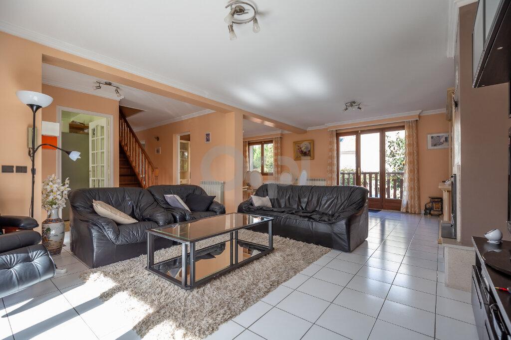 Maison à vendre 7 200m2 à Ormesson-sur-Marne vignette-1