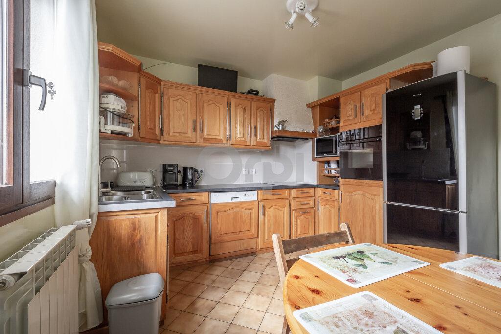Maison à vendre 7 200m2 à Ormesson-sur-Marne vignette-3