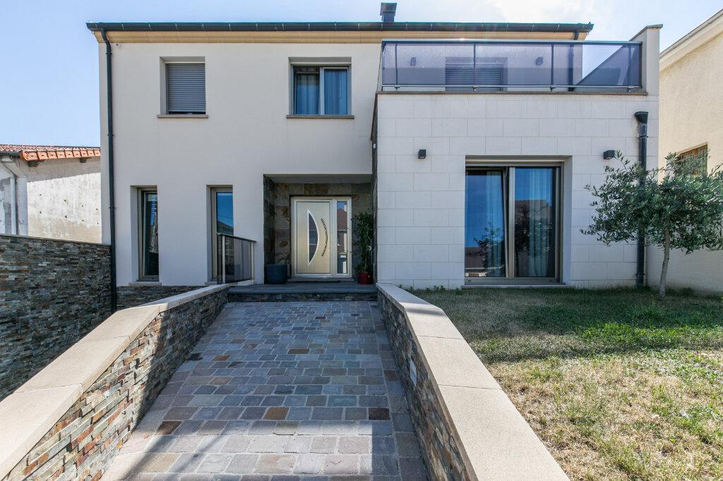 Maison à vendre 7 198m2 à Chennevières-sur-Marne vignette-3