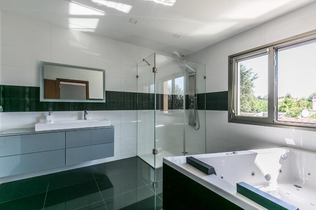 Maison à vendre 7 198m2 à Chennevières-sur-Marne vignette-9