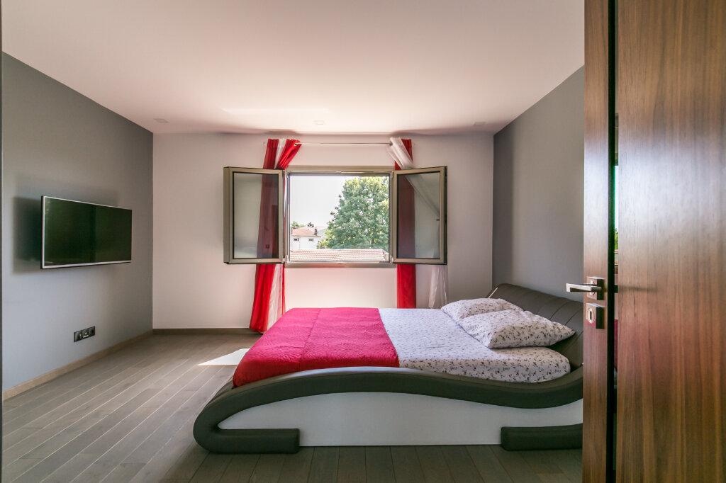 Maison à vendre 7 198m2 à Chennevières-sur-Marne vignette-10