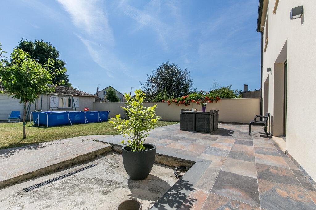 Maison à vendre 7 198m2 à Chennevières-sur-Marne vignette-14