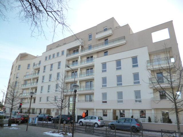 Appartement à louer 2 42.57m2 à Rosny-sous-Bois vignette-1
